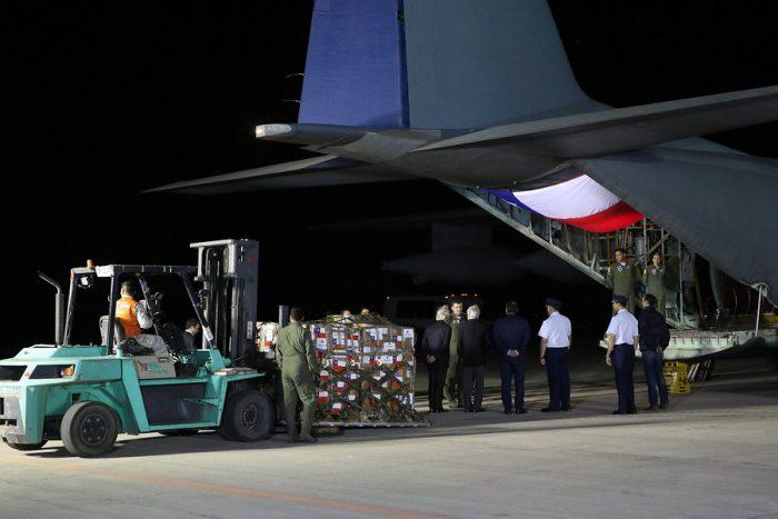Entre viáticos y combustible: avión de la FACh que transportó ayuda humanitaria a Venezuela costó casi $40 millones