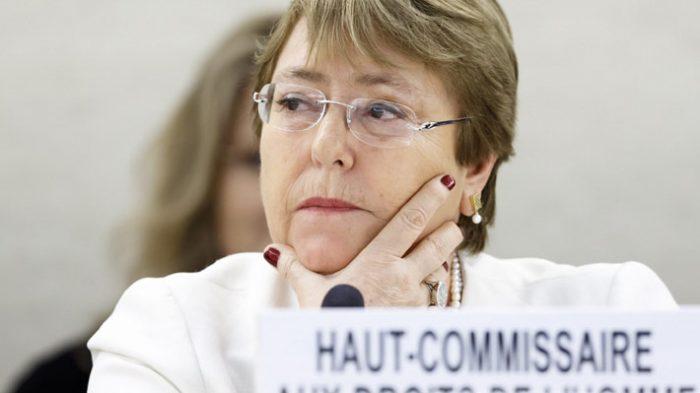 """La advertencia de Bachelet: """"Dejar que la política o la economía dirijan la respuesta al COVID-19 costará vidas"""""""
