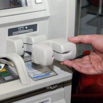 Parlamentarios denuncian que sus tarjetas fueron clonadas al utilizar el cajero automático del Congreso