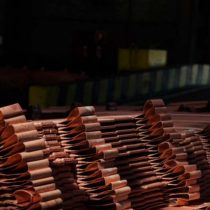 Cobre sube a máximo de 5 meses por inquietud sobre producción en Codelco