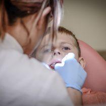 Dentistas afirman que reforma a la salud debe considerar como prioritaria a la salud bucal