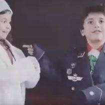 Inspirando a niñas: ¿Qué hacen una paracaidista, una cirujana y una ingeniera en una escuela primaria?
