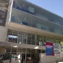 Estudiantes de Odontología de la U. de Chile inician paro reclamando por la alta carga académica