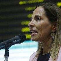 """Ministra Isabel Plá se refiere a caso de la mujer que perdió un ojo por el impacto de una bomba  lacrimógena: """"Nunca vamos a poner en duda la versión de una mujer"""""""