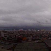 Inusuales y fuertes lluvias en la región de Tarapacá obligan a la suspensión de clases