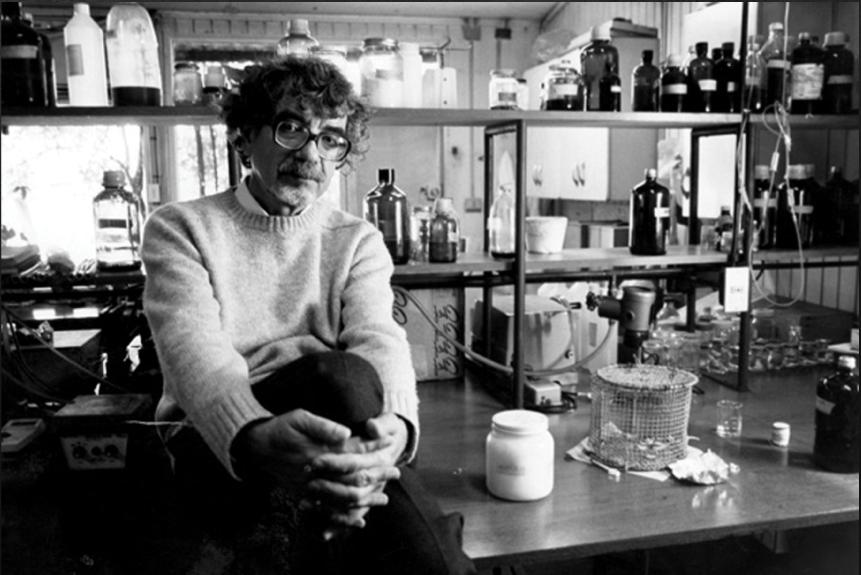 Rinden homenaje a las revolucionarias ideas de Humberto Maturana en documental