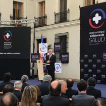 Piñera presenta reforma al sistema de salud con el que busca eliminar preexistencias y reducir listas de espera
