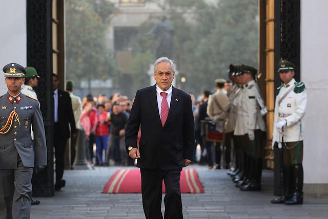 """Piñera cambia discurso de China y apoya levantamiento en Venezuela: """"Ladictadura de Maduro debe terminar por la fuerza pacífica"""""""