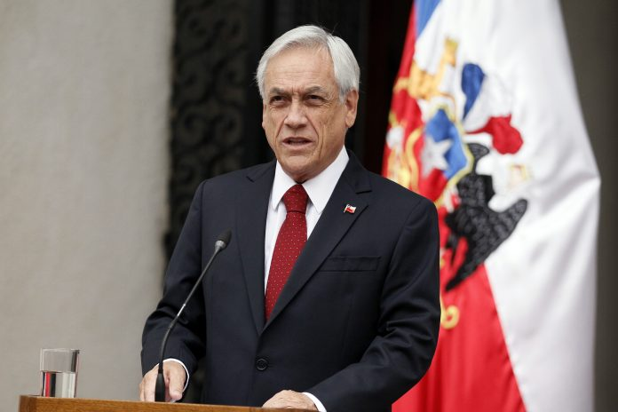 """Otra vez con el """"patriotismo"""": Piñera hace llamado a la oposición tras rechazo a la reforma previsional y"""