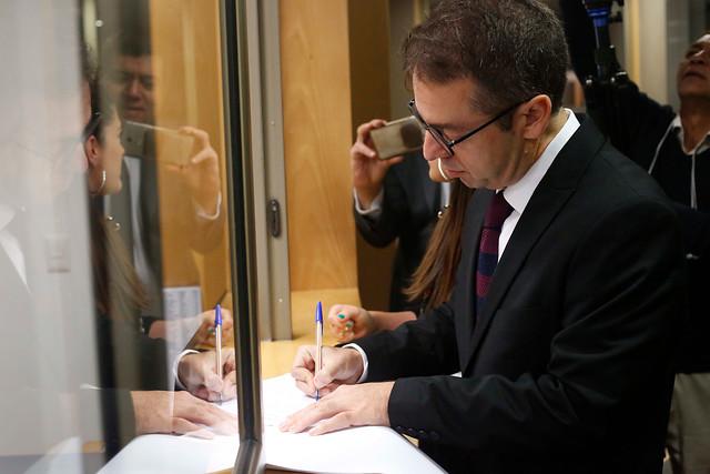 Alza de las isapres escala hasta la Fiscalía Nacional Económica: oposición pide investigar colusión