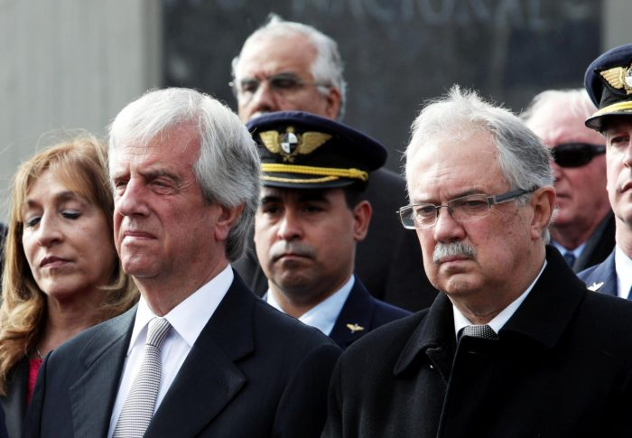 Tolerancia cero a la impunidad: Tabaré Vázquez remueve al ministro de Defensa y cúpula militar