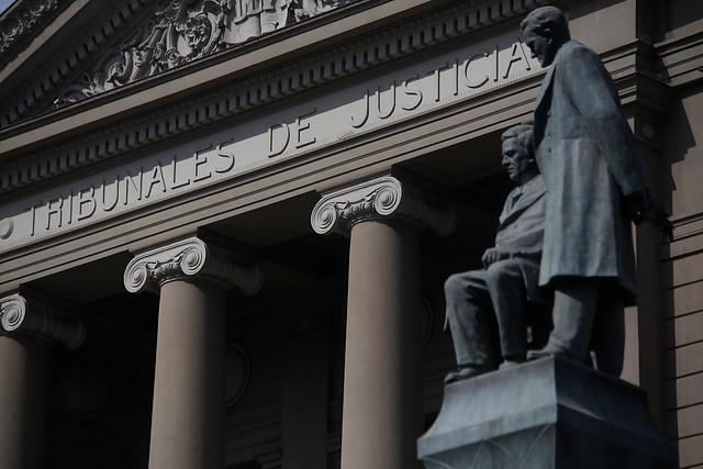 Condenan a pastor evangélico de Vitacura a 15 años de cárcel por delitos sexuales