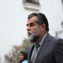 Ubilla no logra zafar de conflicto por terrenos en La Araucanía: aprueban comisión investigadora y subsecretario sale a defenderse