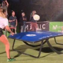Jorge Valdivia perdió en fútbol tenis frente a crack basileña Natalia Guitler
