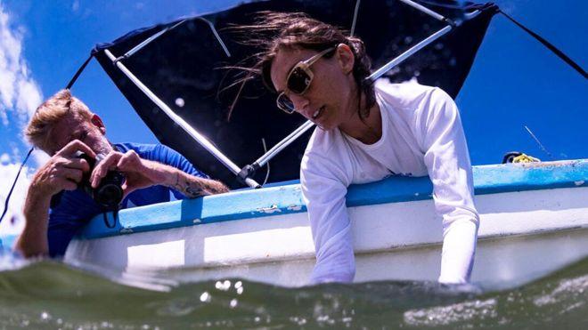 """Ilena Zanella, la científica que ganó el """"Oscar verde"""" por crear el primer santuario de tiburones de Costa Rica"""