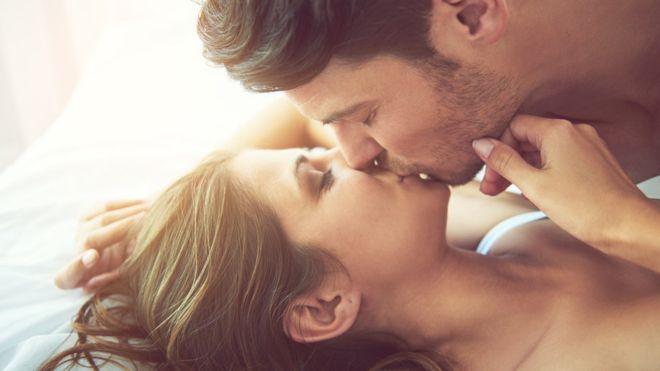 ¿Por qué los hombres jóvenes están teniendo menos sexo?