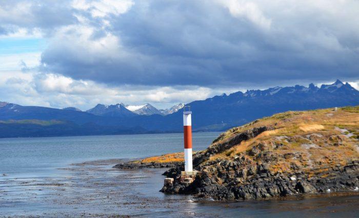 #ChaoNovaAustral: la campaña por redes sociales contra las salmoneras enel sur de Chile