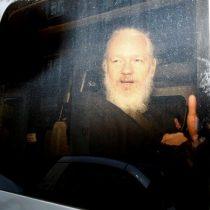 Fiscalía sueca pide detener a Assange como sospechoso de violación