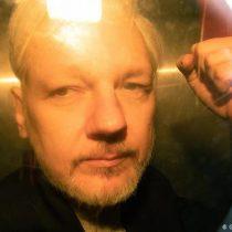 Fiscalía sueca reabre caso por presunta violación contra Assange