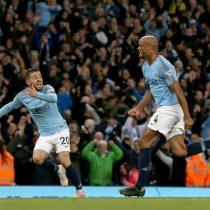 El golazo de Vincent Kompany que dejó al Manchester City a un partido del bicampeonato de la Premier League