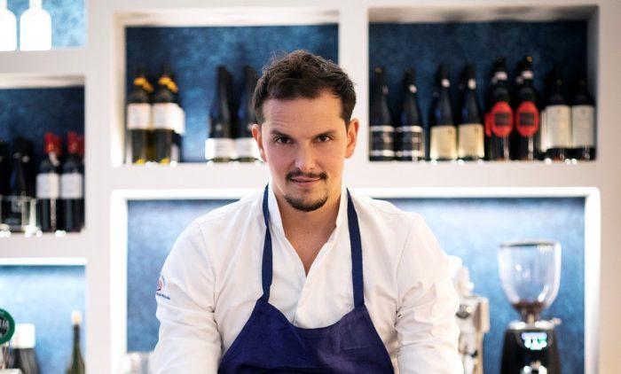 El chef colombiano que conquistó Francia con limón, cilantro y aguardiente