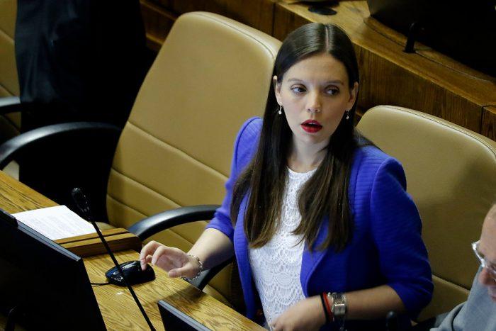 Camila Flores: el fuego amigo para la agenda legislativa del Gobierno