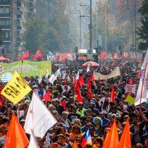 Las dos caras del 1 de mayo: pacífica marcha de la CUT se ve eclipsada por disturbios en la manifestación de la Central Clasista