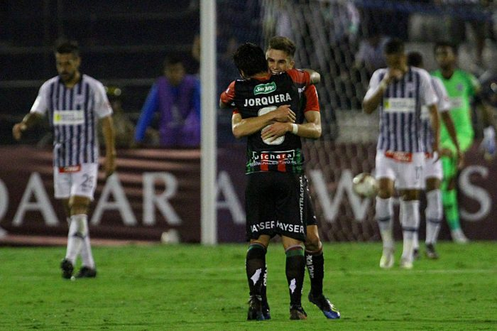 Cumplió la tarea: Palestino ganó en Perú y clasificó a la Copa Sudamericana