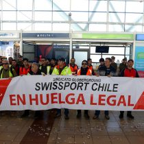 Tensión máxima en el Aeropuerto de Santiago: manifestación provoca intensos incidentes