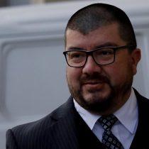 """Fiscal Moya presenta recurso de protección por allanamiento a su casa: """"Fue una invasión de mi intimidad y la de mi familia"""""""
