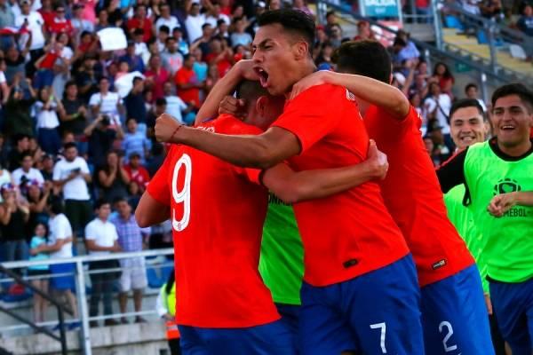 Con Ángelo Araos a la cabeza: los 22 convocados de la Roja Sub 23 que disputarán el ex