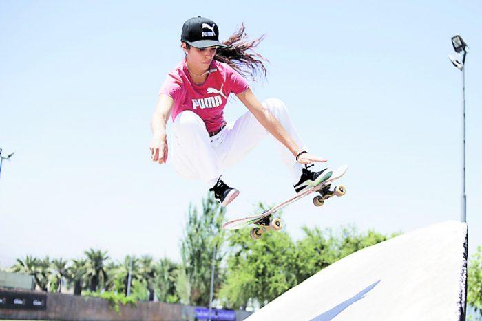 María José Rojas será la primera mujer que competirá por Chile en el Mundial de Skate