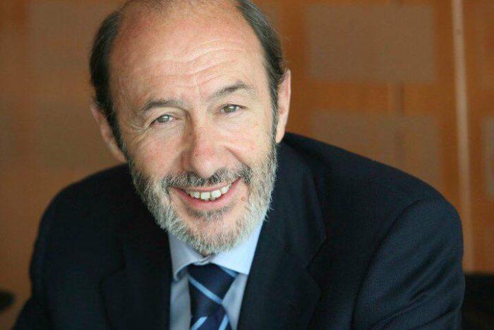 Fallece Pérez Rubalcaba, el ministro español que llevó a ETA a su fin