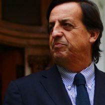Castillo suma una defensa: Senador UDI califica como
