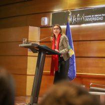 """Carolina Schmidt: """"Una ciudadanía activa e informada es la única manera de avanzar en el combate al cambio climático"""""""
