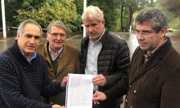 Idea de plebiscito en La Araucanía recibe apoyo de familias de víctimas e iglesias de la zona