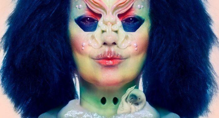 """Björk abre su mente al público en """"Cornucopia"""", un """"show"""" de otro planeta"""
