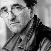 """Crítica a libro """"La ruta de los niños rojos"""" de Nibaldo Acero: el fulgor poético de Roberto Bolaño"""