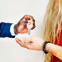 ¿Cómo aprovechar las bajas tasas hipotecarias para invertir en una propiedad?