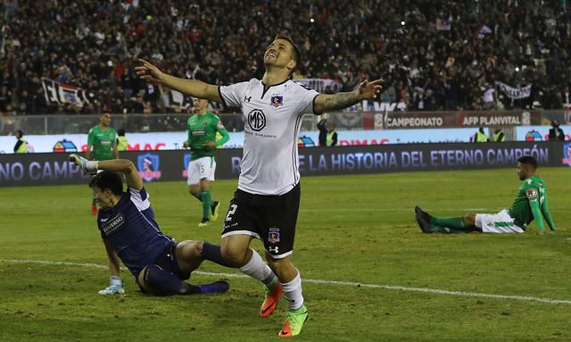 Campeonato Nacional: Colo Colo acecha a la Universidad Católica y la
