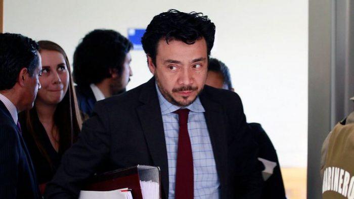 Defensor del fiscal Arias solicita levantar su suspensión y reitera su inocencia