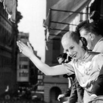 100 años de Evita Perón: 3 cosas que revelan cómo su figura sigue dividiendo a Argentina