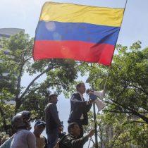 Guaidó llama a marchar hacia unidades militares para exigir que cese apoyo militar a Maduro