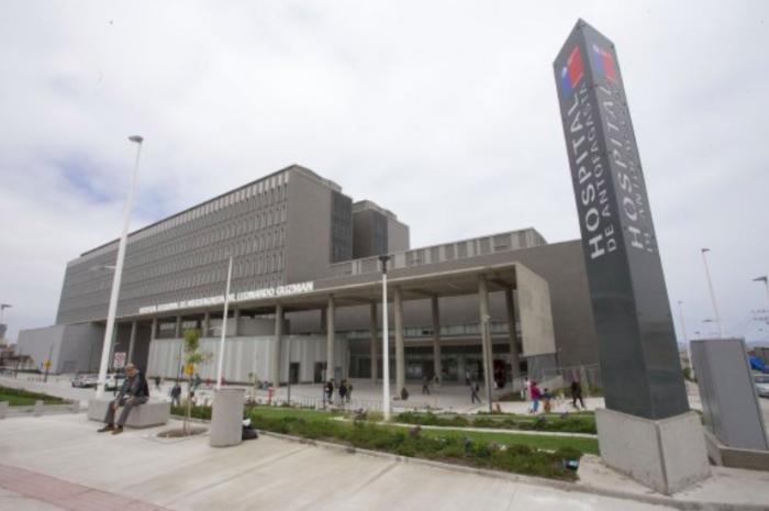 Colegio Médico denuncia realización de asados, suspensión de cirugías y presencia de moscas en pabellones del hospital de Antofagasta