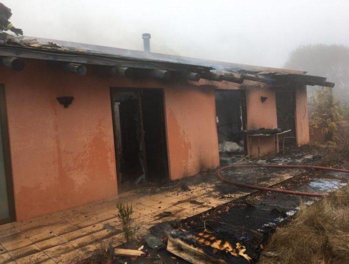 Incendio consume vivienda de hija de Augusto Pinochet en Santo Domingo