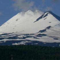 Muere turista israelí tras caída en volcán Llaima en La Araucanía