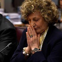 Comienza a caer la noche sobre Dobra Lusic: la UDI le quita respaldo y el vocero de la Suprema cuestiona sus antecedentes