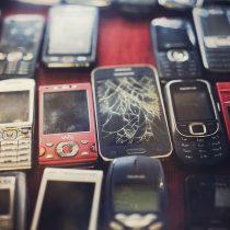 Cambio celulares por medallas de oro