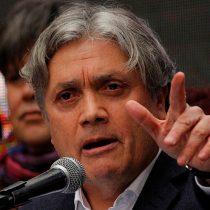 Senador Navarro acusa reemplazos en huelga del aeropuerto por parte de empresas externas