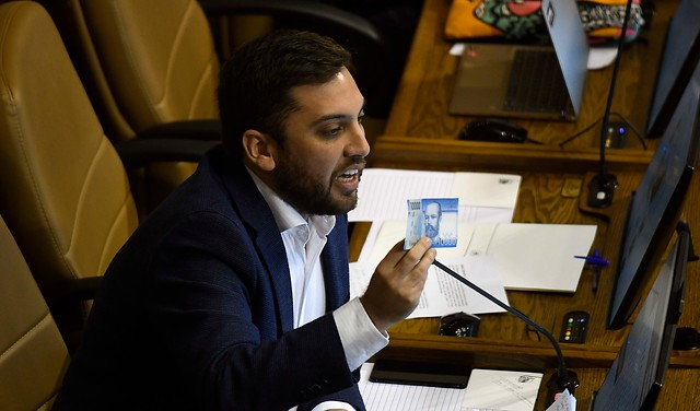 El castigo DC a sus díscolos: sacan al diputado Raúl Soto de la presidencia de la comisión de Trabajo